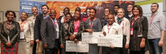 Nozipho Gumbi wins FameLab South Africa 2016